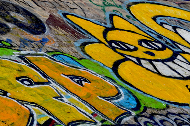 mercredie-blog-mode-canal-st-martin-streetart-tag-graph