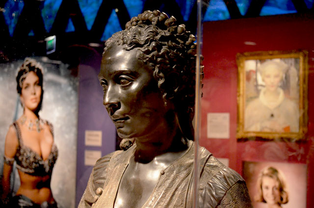 mercredie-blog-mode-cheveux-cheris-musee-quai-branly-tete-statue