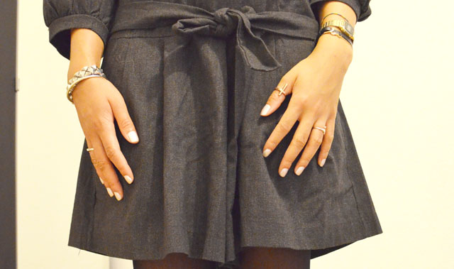 mercredie-blog-mode-look-outfit-style-h&m-sandales-compensees-robe-grise-pineapple-galeries-lafayette-3