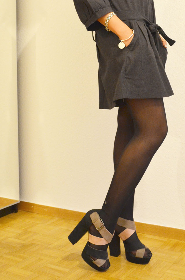 mercredie-blog-mode-look-outfit-style-h&m-sandales-compensees-robe-grise-pineapple-galeries-lafayette-4