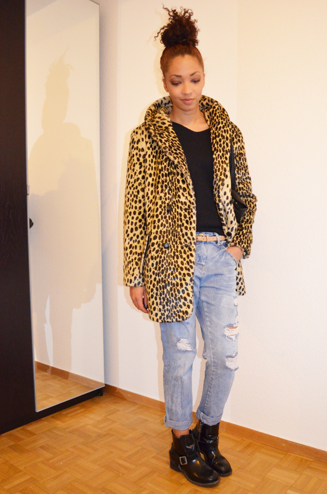 mercredie-blog-mode-beaute-geneve-manteau-leopard-coat-asos-boots-all-saints-biker-jules-boyfriend-jeans-zara