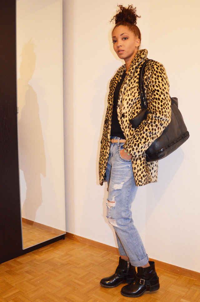 mercredie-blog-mode-beaute-geneve-manteau-leopard-coat-asos-ersatz-vanessa-bruno-boots-all-saints-biker-jules-boyfriend-jeans-zara