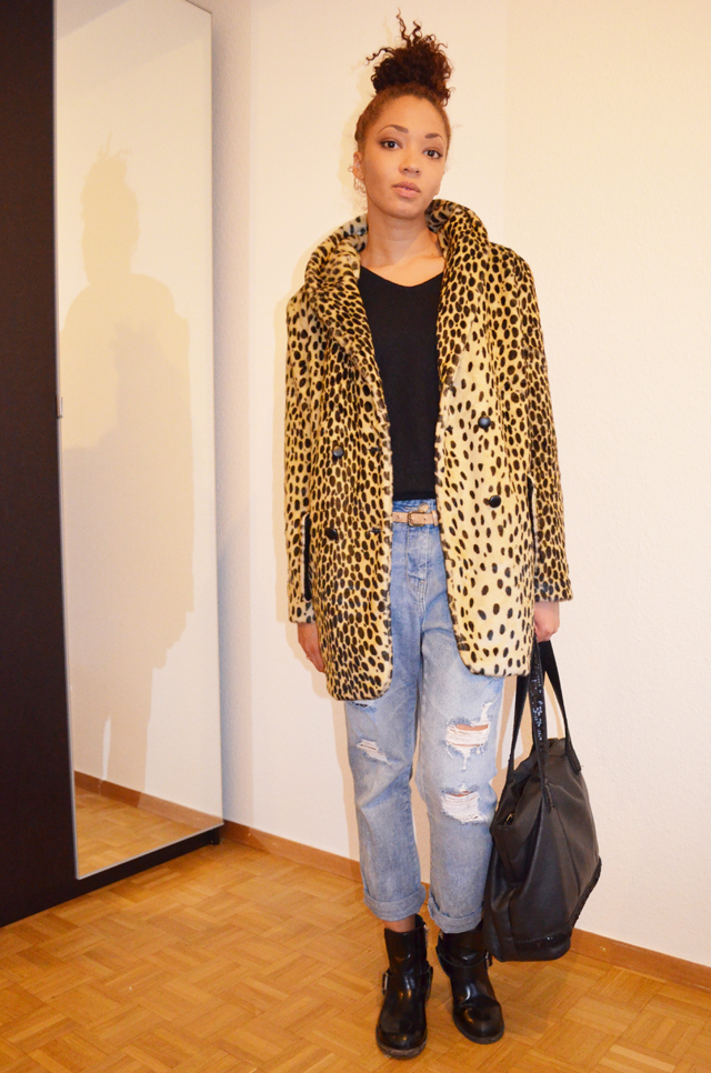 mercredie-blog-mode-beaute-geneve-manteau-leopard-coat-asos-ersatz-vanessa-bruno-boots-all-saints-biker-jules-boyfriend-jeans-zara3