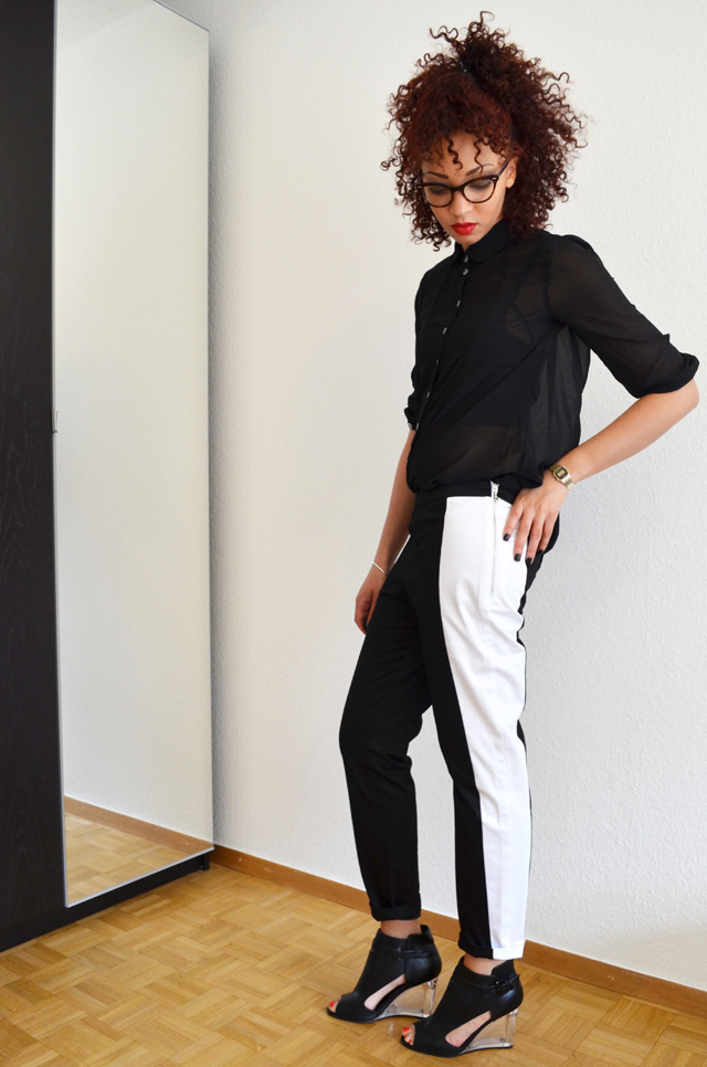 mercredie-blog-mode-pantalon-groom-rayure-bande-chaussures-sandales-talons-transparents-h&m-asos-margiela
