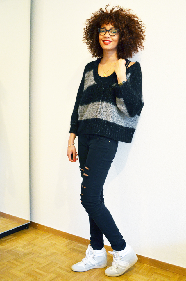 mercredie-blog-mode-geneve-suisse-fashion-blogger-isabel-marant-manteau-caban-serafini-manhattan-white-outfit-look-slim-mango-destroy-kookai-afro-hair-nappy5