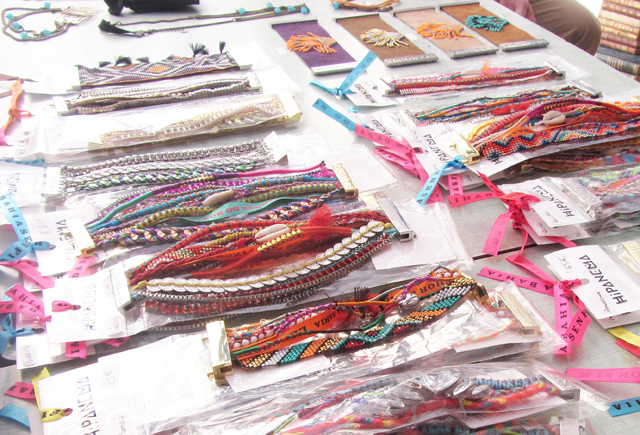 mercredie-blog-mode-shopping-paris-le-souk-parisien-hipanema-anniel-bracelets4