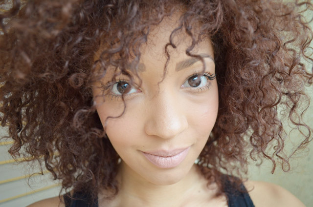 mercredie-blog-mode-beaute-fashion-blogger-switzerland-nude-lipstick-mac-honey-love-curly-hair-curls-nappy-afro-kinky3