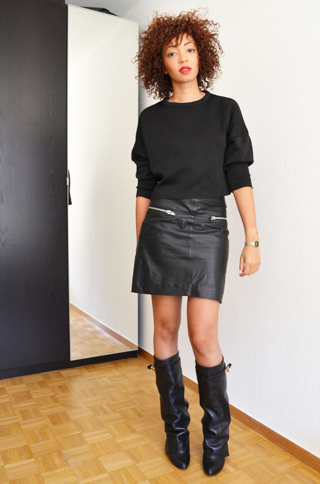 mercredie-blog-mode-geneve-suisse-boots-bottes-choies-givenchy-shark-ersatz-jupe-cuir-zip-h&m-pull-crop-top-zara-2013