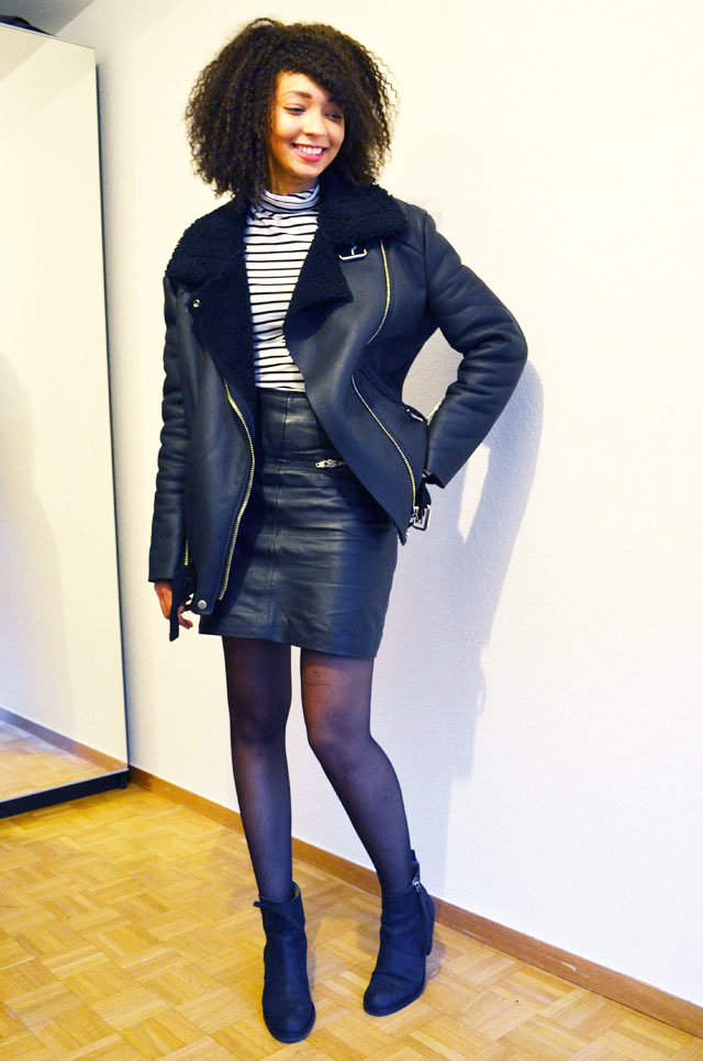mercredie-blog-mode-geneve-suisse-mariniere-jupe-cuir-leather-skirt-pistol-acne-boots-acne-shearling-jacket-ersatz-stylenanda.jpg2