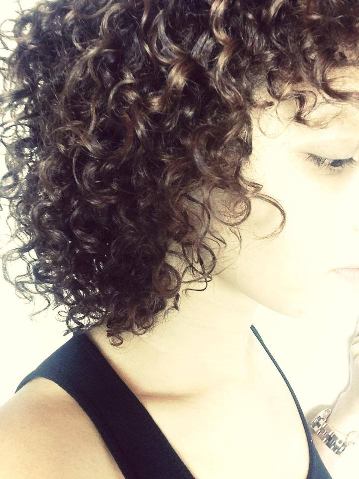 mercredie-blog-mode-cheveux-afro-kinky-curly-shea-moisture-routine-afro-nappy-hair