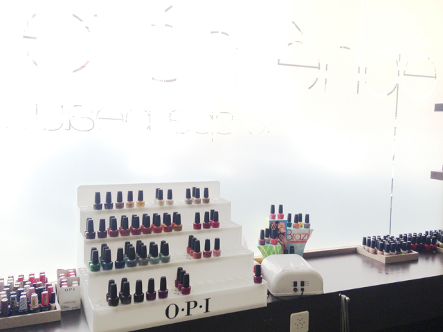 mercredie-blog-beaute-geneve-insitut-beaute-spa-ephemere-soins-peau-opi-ongles-onglerie-manucure