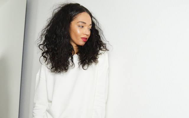 mercredie-blog-mode-geneve-suisse-blogueuse-jean-zara-sweat-blanc