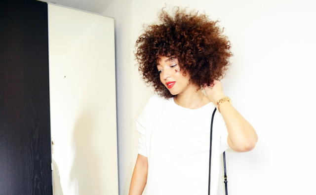 mercredie-blog-mode-sac-alex-marc-by-marc-jacobs-sweat-blanc-zara-afro-hair-natural-nappy