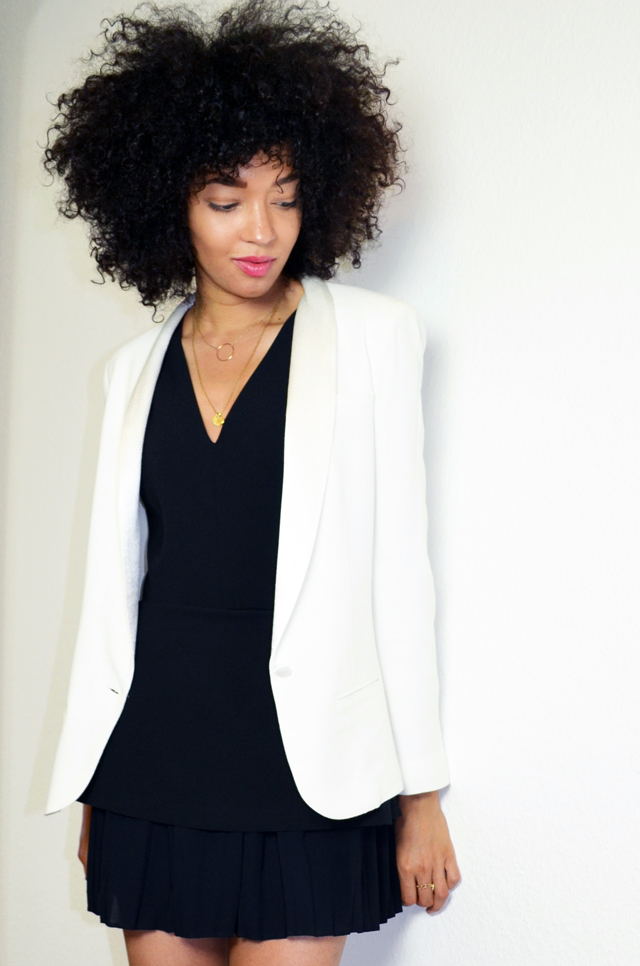 mercredie-blog-mode-geneve-suisse-blogueuse-bloggeuse-top-peplum-frontrowshop-afro-hair-natural-nappy-blazer-bash