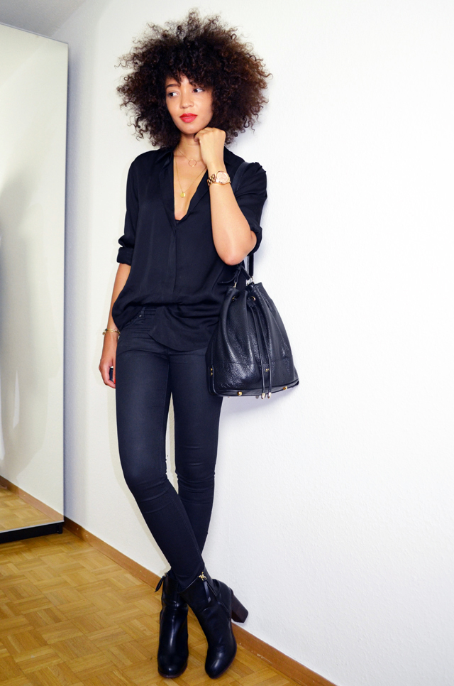 mercredie-blog-mode-geneve-suisse-fashion-blogger-switzerland-chemise-acne-shirt-silk-Patti-organza-trimmed satin-twill-black-slim-bottines-hautes-talons-h&m-2014-afro-hair-natural-curls-curly-nappy-cheveux-frises-blogueuse-bloggeuse-sac-apc2