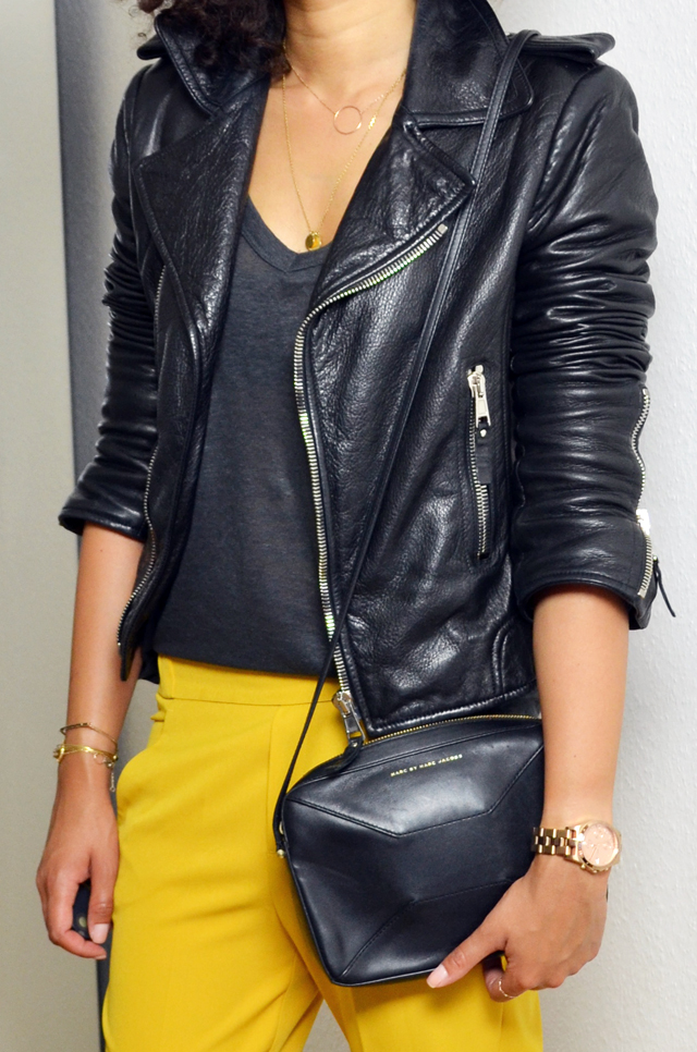 mercredie-blog-mode-beaute-geneve-suisse-perfecto-biker-jacket-leather-cuir-balenciaga-sac-marc-by-jacob-pantalon-jaune-afro-hair-cheveux-frises4