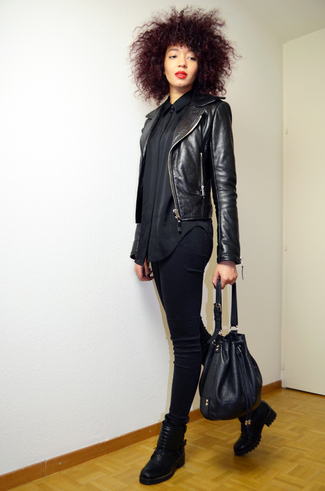 mercredie-blog-mode-geneve-2015-perfecto-balenciaga-biker-jacket-leather-afro-hair-natural-nappy-biker-boots-minelli