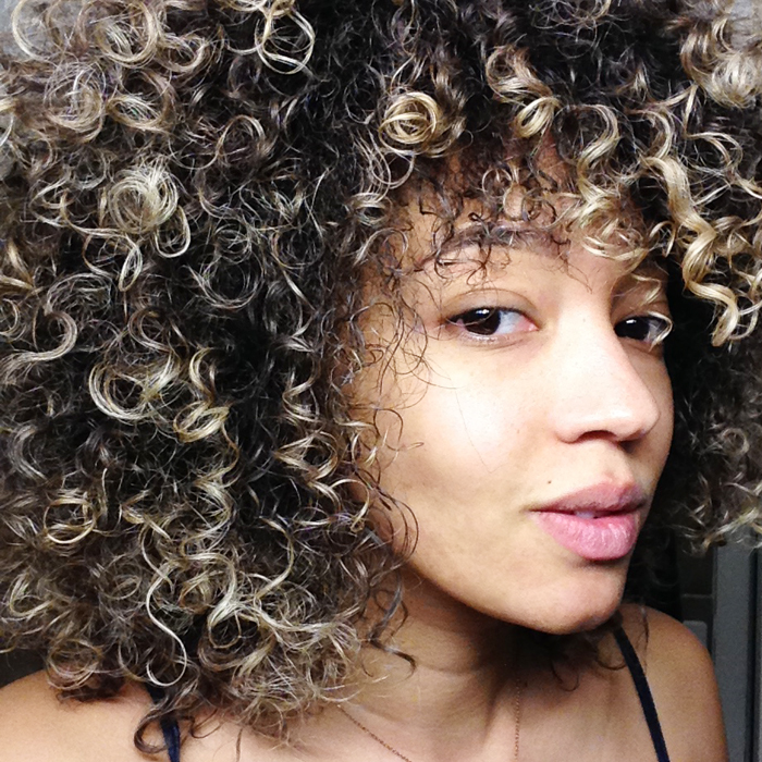 mercredie-blog-beaute-cheveux-afro-naturels-3c-natural-nappy-curly-curls-bumble-and-bumble-bbcurl-squad-review
