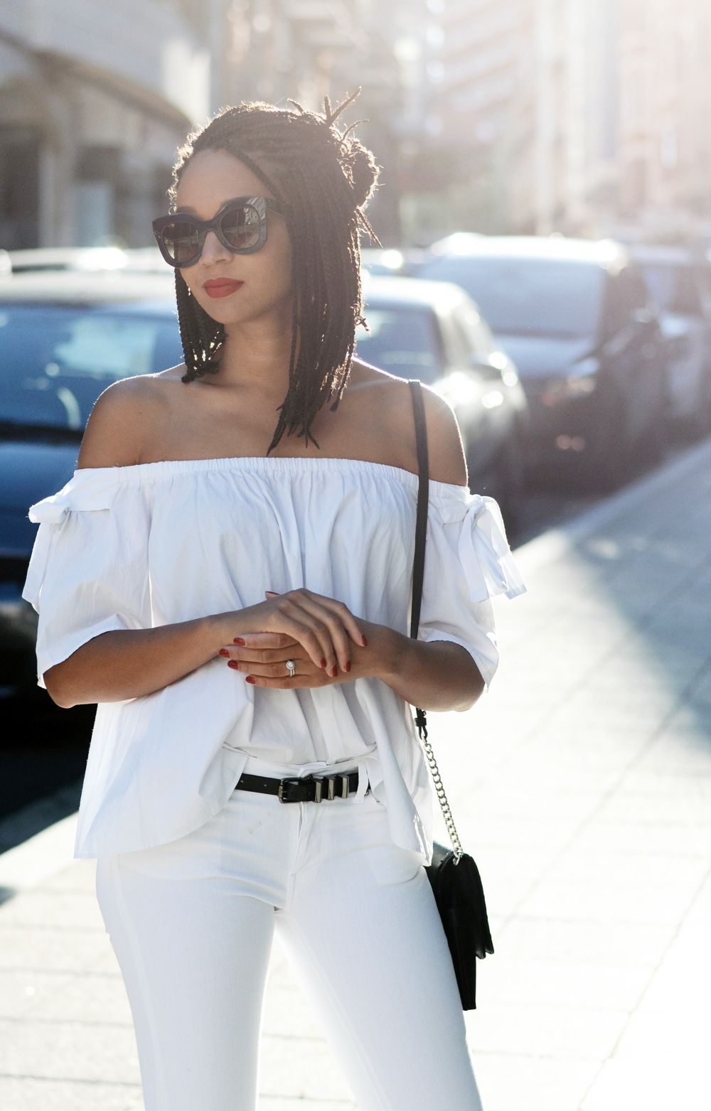 mercredie-blog-fashion-blogger-mode-geneve-suisse-santander-celine-marta-all-white-outfit-flare-elisabetta-franchetti-ceinture-kooples-1