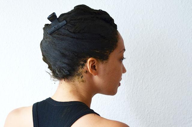 Teinture cheveux henne noir